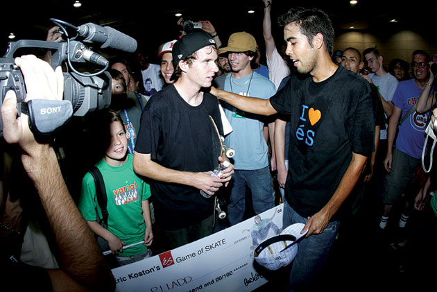 Koston congratulates P.J. Ladd on taking first at The éS Game of SKATE